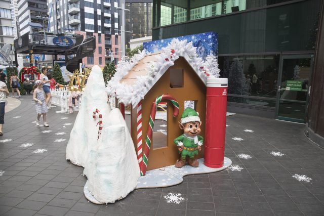 xmas-display-decorators-auckland-skycity-auckland-0